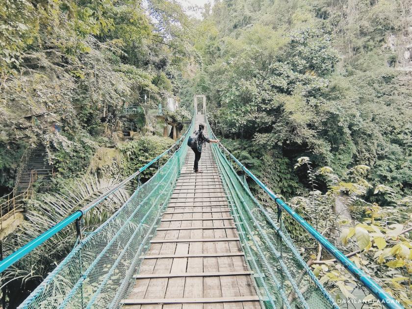 How to get to Mantayupan Falls